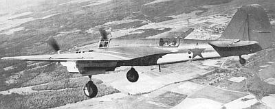 Скоростной бомбардировщик сб в полете